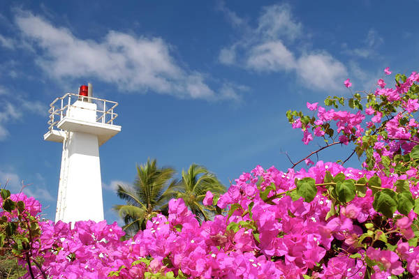 Lighthouse Art Print featuring the photograph Lahaina Lighthouse by Geraldine Alexander