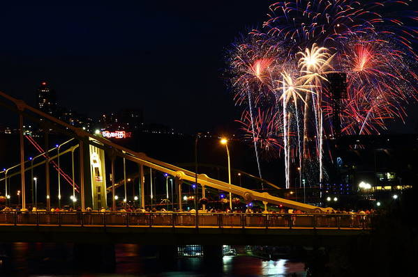 Pittsburgh Art Print featuring the photograph July 4th Fireworks In Pittsburgh by Jetson Nguyen