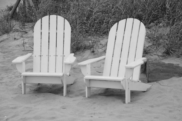 Chairs Art Print featuring the photograph Adirondachairs by Rob Hans