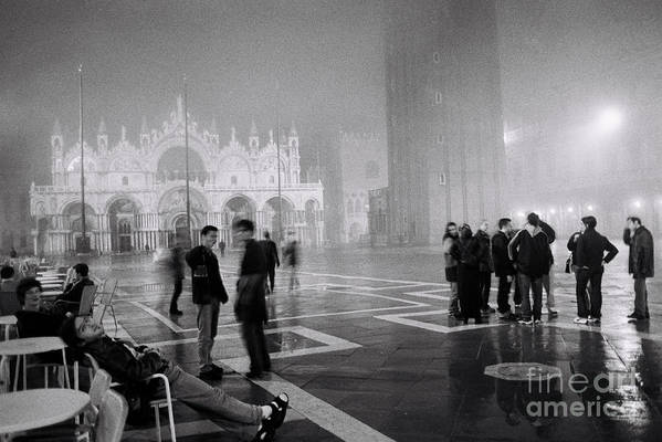 Architecture Art Print featuring the photograph Amici by Amy Bynum