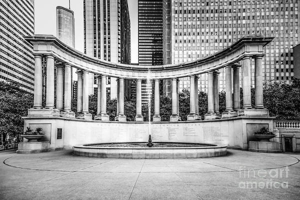 America Art Print featuring the photograph Chicago Millennium Monument In Black And White by Paul Velgos