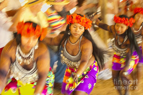 Embera Art Print featuring the photograph Embera Villagers In Panama by David Smith