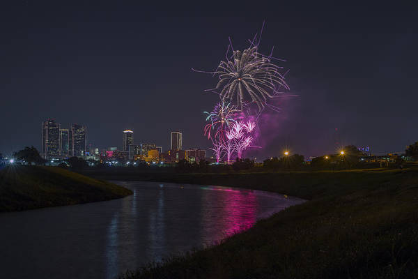 Fireworks Art Print featuring the photograph Fort Worth Fourth Of July Fireworks by Jonathan Davison