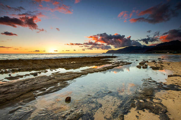 Hawaiian Art Print featuring the photograph Hawaii Sunset by Robert Aycock