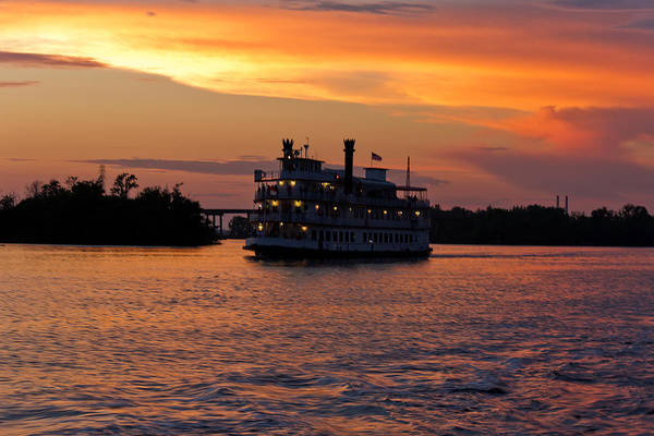 Paddle Boat Art Print featuring the photograph Henrietta II On The Cape Fear by Jennifer Stockman