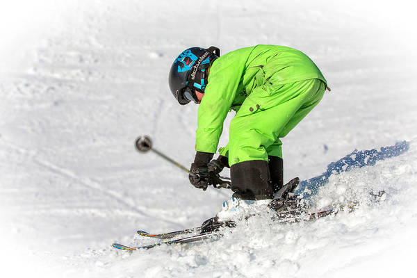 Skiing Art Print featuring the photograph Here I Come by Edwin Leung