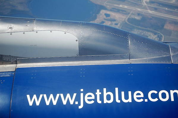 Airplane Art Print featuring the photograph Jet Blue Airline by Linda Rae Cuthbertson