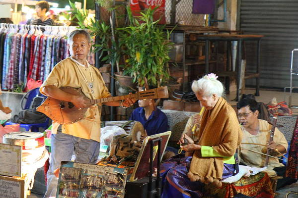 Chiang Art Print featuring the photograph Performers - Night Street Market - Chiang Mai Thailand - 01134 by DC Photographer