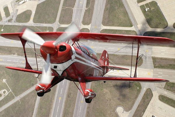 Pitts Special S-2b Framed Prints Art Print featuring the photograph Pitts Special S-2b by Larry McManus