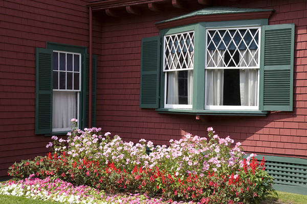 Horizontal Art Print featuring the photograph President Roosevelt Cottage by Jim Wallace