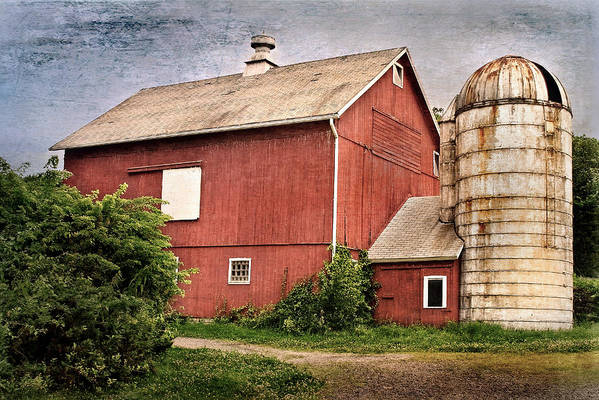 Red Barn Print featuring the photograph Rustic Barn by Bill Wakeley