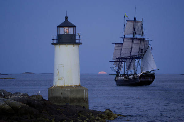 Fort Pickering Lighthouse Art Print featuring the photograph Sailing Out For The Red Moon by Jeff Folger