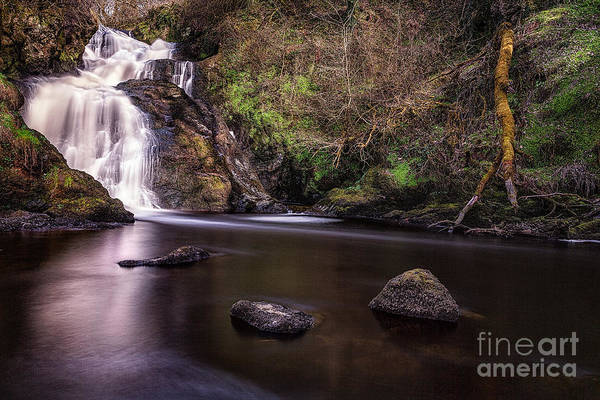 Spectacle E'e Waterfall Art Print featuring the photograph Spectacle E'e Waterfall by John Farnan