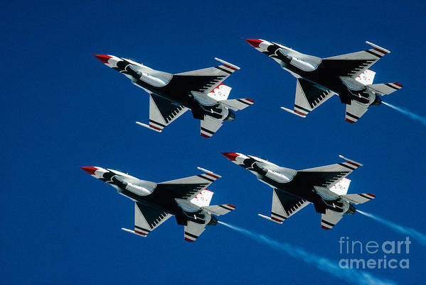 U.s. Air Force Thunderbirds Art Print featuring the photograph Thunderbirds by Larry Miller