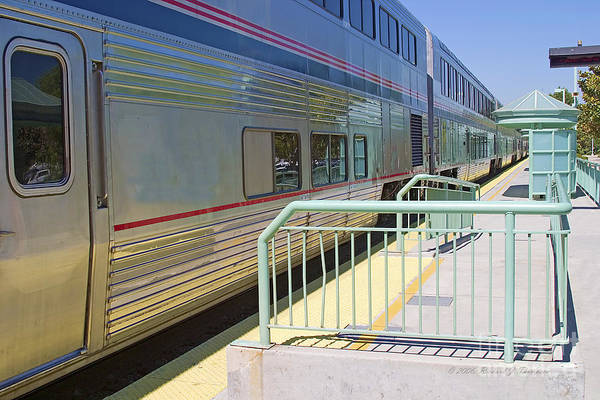 Arriving Art Print featuring the photograph Train At Station Stop by Richard J Thompson