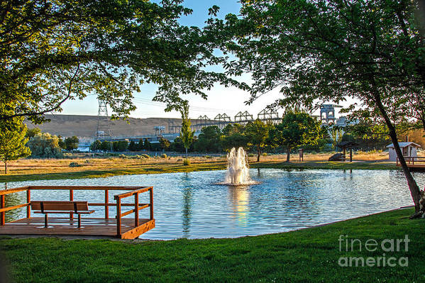Pond Art Print featuring the photograph Umatilla Fountain Pond by Robert Bales