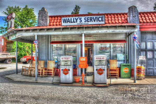 Vintage Art Print featuring the photograph Wally's Service Station by Dan Stone