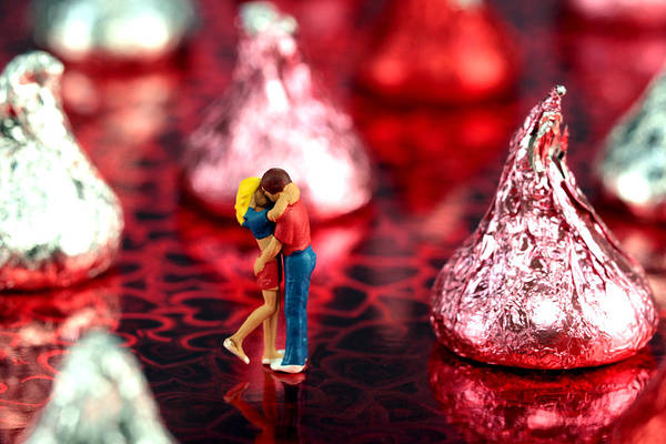 Lover Art Print featuring the photograph The Lovers In Valentine's Day by Paul Ge
