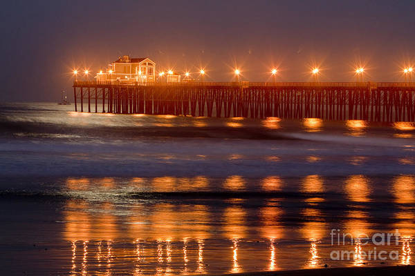 Oceanside Art Print featuring the photograph 8034 by Daniel Knighton