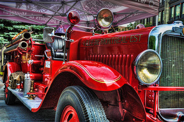 American Lafrance Art Print featuring the photograph American Lafrance by Al Perry