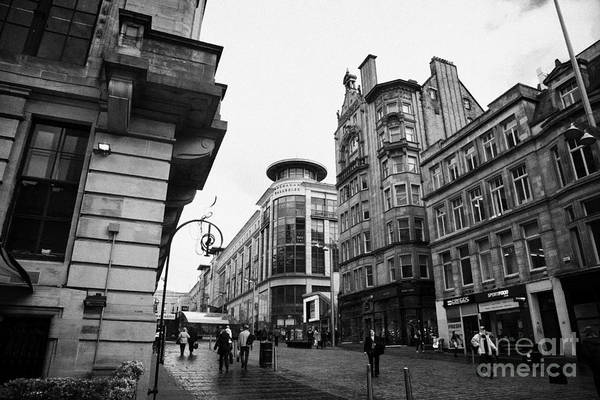 Buchanan Art Print featuring the photograph Buchanan Street Shopping Area On A Cold Wet Day In Glasgow Scotland Uk by Joe Fox