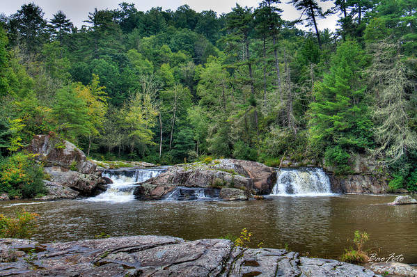 Waterfalls Art Print featuring the photograph Linville Falls by Bao D