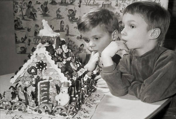Children Art Print featuring the photograph Memories Of A Special Christmas by Christine Till