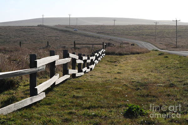 Bay Area Print featuring the photograph Old Fence And Landscape Along Sir Francis Drake Boulevard At Point Reyes California . 7d9897 by Wingsdomain Art and Photography