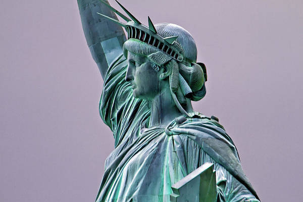 Statue Of Liberty Art Print featuring the photograph Statue Of Liberty by Bill Lindsay
