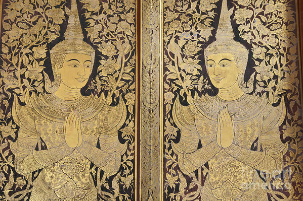 Chiang Art Print featuring the photograph Thai Art by Roberto Morgenthaler