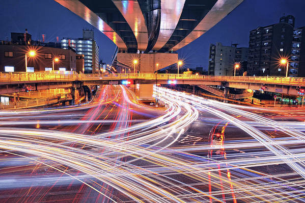 Horizontal Art Print featuring the photograph Traffic Trails by Y2-hiro