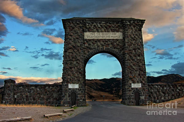 Roosevelt Arch Art Print featuring the photograph Welcome To Yellowstone by Carolyn Fox
