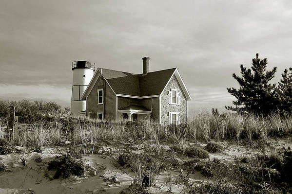 Sandy Neck Art Print featuring the photograph Sandy Neck Lighthouse by Charles Harden