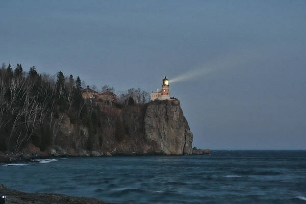 Split Rock Lighthouse Art Print featuring the photograph Beacon Lighting by Laurie Prentice
