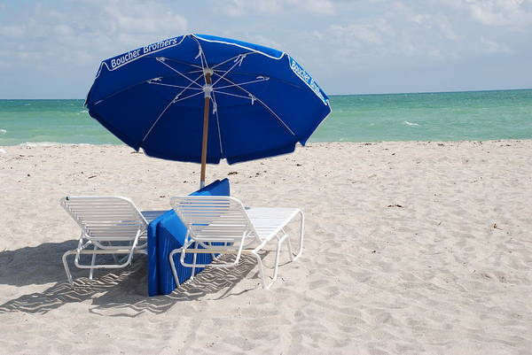 Sea Scape Art Print featuring the photograph Blue Paradise Umbrella by Rob Hans