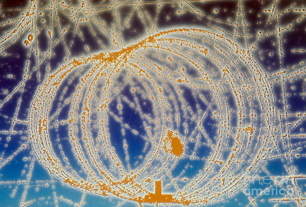 Subatomic Track Art Print featuring the photograph Cloud Chamber by Photo Researchers