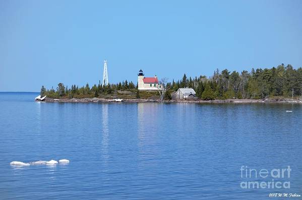 Lake Superior Art Print featuring the photograph Copper Harbor Lighthouse by William Fabian