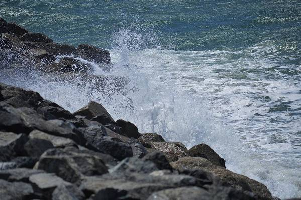 Water Art Print featuring the photograph Crashing Waves by Barry Leggett