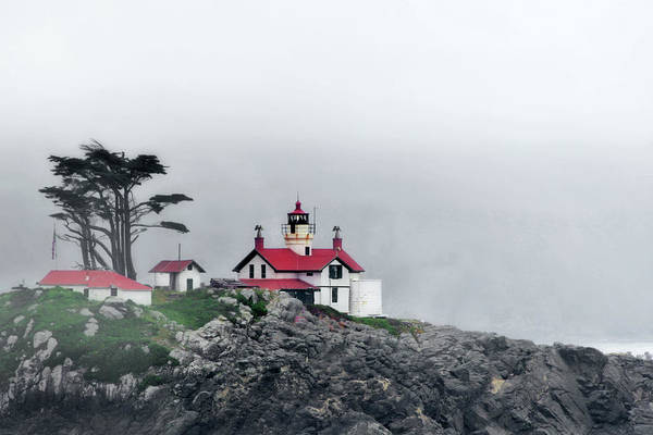 Battery Point Lighthouse Art Print featuring the photograph Fog Comes Rolling In - Battery Point Lighthouse - Crescent City Ca by Christine Till
