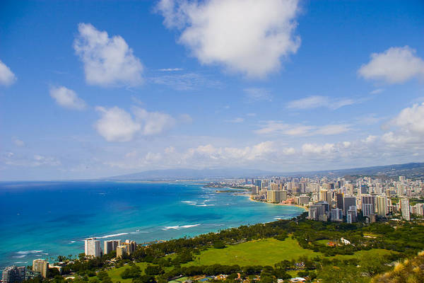 Landscape Art Print featuring the photograph Honolulu by Wes Shinn