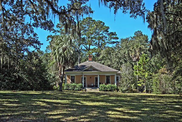 Hdr Art Print featuring the photograph Maclay Gardens Ranger Quarters by Frank Feliciano