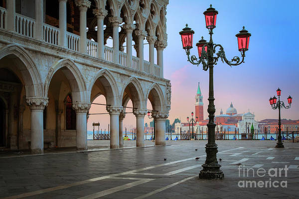Doge's Palace Art Print featuring the photograph Palazzo Ducale by Inge Johnsson