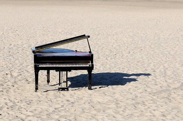 Horizontal Art Print featuring the photograph Piano On Beach by Hans Joachim Breuer
