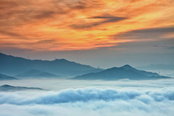 Horizontal Print featuring the photograph Sea Of Clouds By Sunrise by SJ. Kim