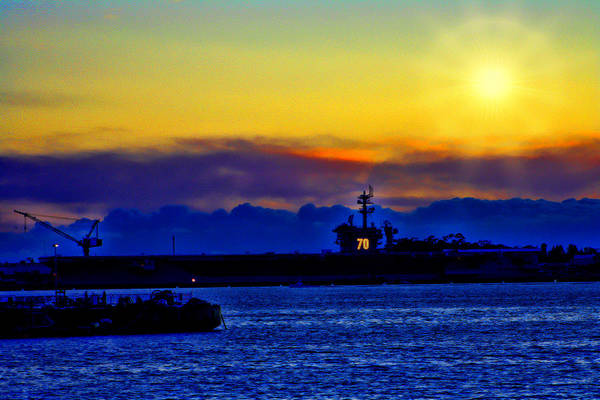 Uss Carl Vinson (cvn-70) Art Print featuring the photograph Sunset Over The Carl Vinson by Tommy Anderson
