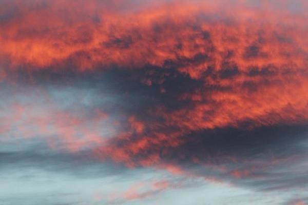 Sunset Art Print featuring the photograph Sunset Skies 052814c by Edward Dobosh