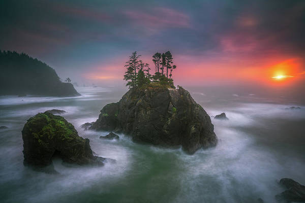 America Art Print featuring the photograph The Oregon Coast Sunset by William Freebilly photography