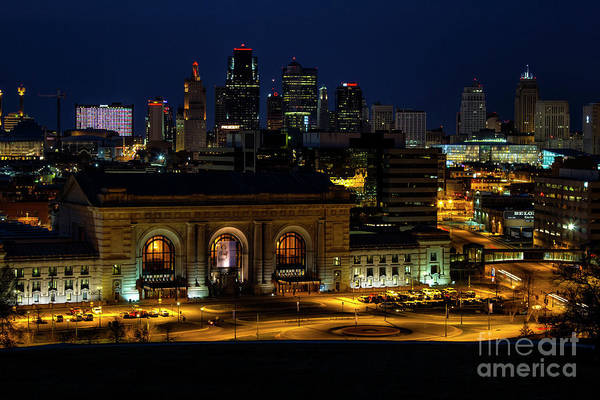 Union Station Art Print featuring the photograph Union Station In Kansas City by Carolyn Fox