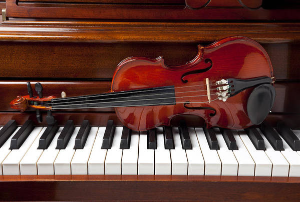 Violin Art Print featuring the photograph Violin On Piano by Garry Gay