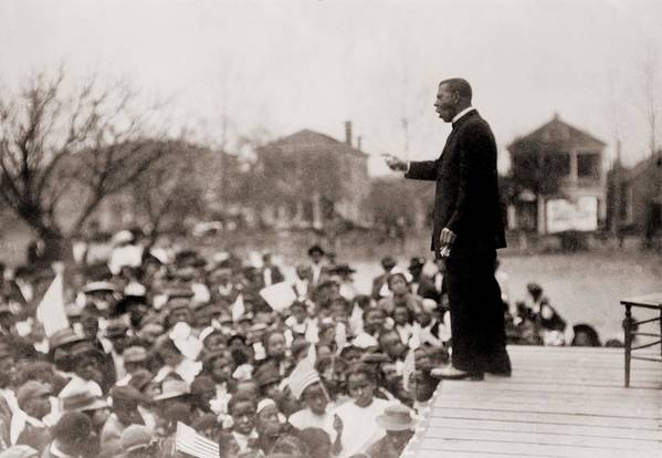 History Art Print featuring the photograph Booker T. Washington 1856-1915 by Everett